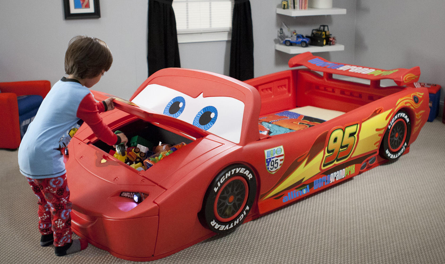 kid_bed_car_3